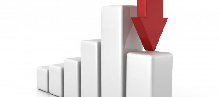 Al IBEX 35 se le atragantan los días festivos y regresa cediendo un -0,6%