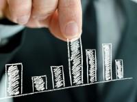 ¿Por qué las estimaciones de beneficio del consenso de analistas suelen quedarse cortas?
