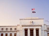 Las bolsas europeas cotizan con caídas moderadas tras las Actas de la Fed
