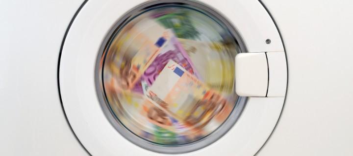 Blanqueo de capitales, manejando dinero negro
