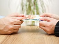 La Curva de Laffer: cuando aumentar los impuestos reduce la recaudación