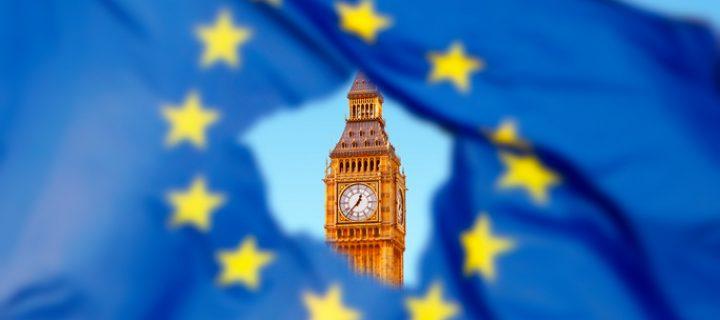 El IBEX 35 cae un -0,21% en una sesión protagonizada por la activación del Brexit