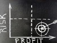 Teoría moderna del portafolio: maximizando rentabilidad, minimizando riesgo.