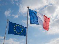 Las bolsas europeas suben con fuerza al descontar la victoria de Macron en Francia