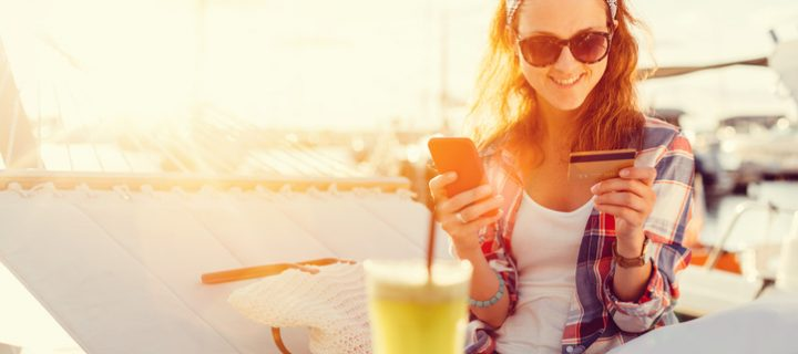 Tu banco en vacaciones: Consejos para controlar tus finanzas cuando estás lejos de casa