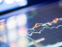 Las ventajas y desventajas de invertir en la recta final del año