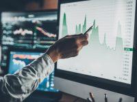 ¿Por qué infravalora el mercado una acción?