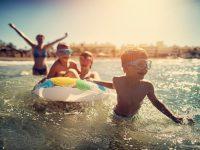 Pequeños gestos para ahorrar en la playa