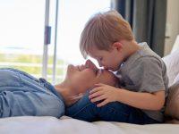 ¿Cómo reclamar las retenciones de IRPF por tu baja de maternidad?