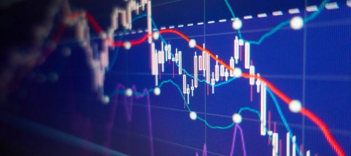 Promediar a la baja, ¿es estrategia de inversión o error?