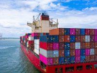Suez: encalla un barco y tiembla el mundo. ¿Tan frágil es el comercio internacional?