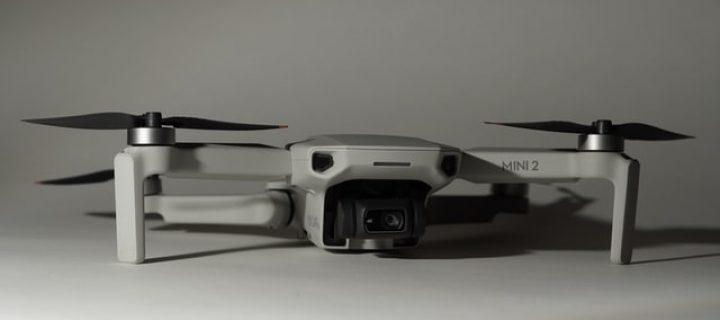 Hacienda usa drones para buscar irregularidades urbanísticas. ¿Cómo legalizar la piscina y otras obras?